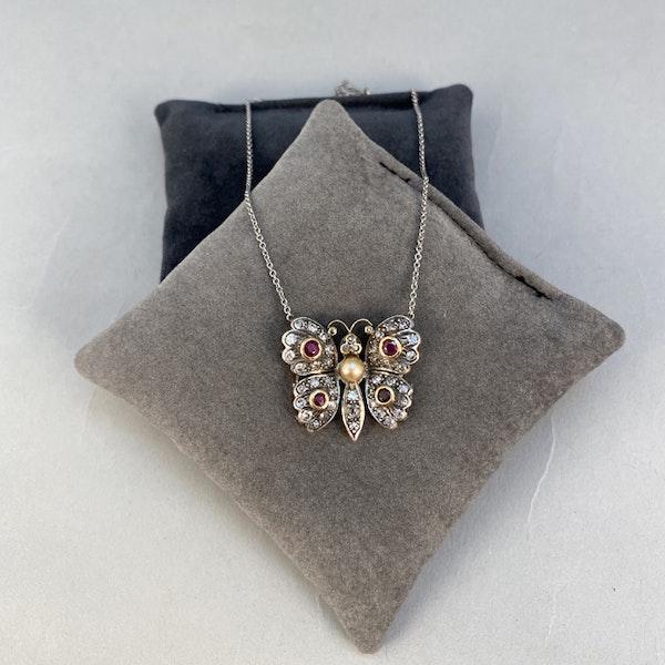 Date: circa 1910, 18ct Yellow/White Gold, Diamond, Ruby and Pearl stone set Pendant, SHAPIRO & Co since 1979 - image 2
