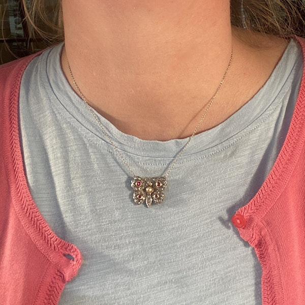 Date: circa 1910, 18ct Yellow/White Gold, Diamond, Ruby and Pearl stone set Pendant, SHAPIRO & Co since 1979 - image 4