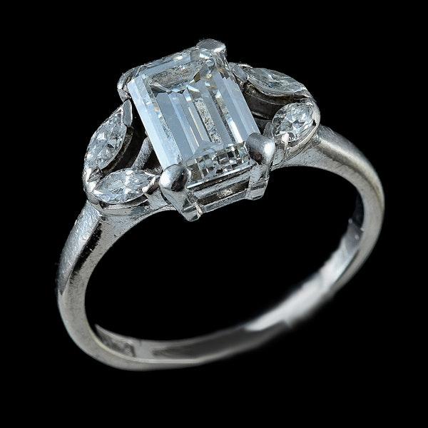 MM6295r Art Deco diamond 1.15ct emerald cut marquise diamond shoulders 1910/20c - image 2
