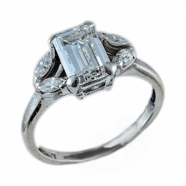 MM6295r Art Deco diamond 1.15ct emerald cut marquise diamond shoulders 1910/20c - image 1