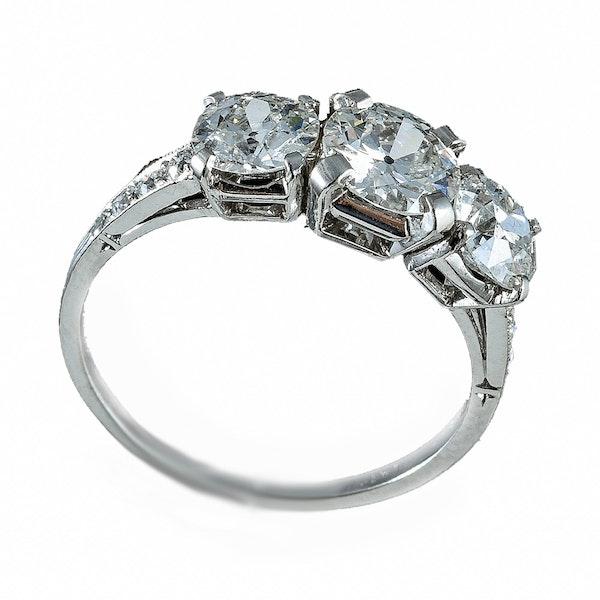 MM6305r platinum set three stone diamond ring 2.30ct total 1960c - image 1