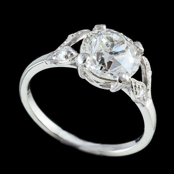 MM6254r platinum single stone  ring 2.23ct diamond split shoulders 1910c - image 2