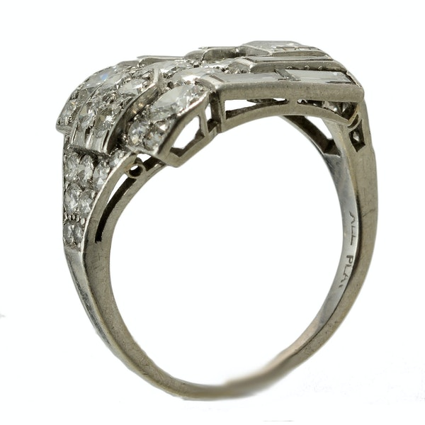 MM4092r platinum baguette and round diamond fine quality Art Deco 1930c wrap over ring - image 5