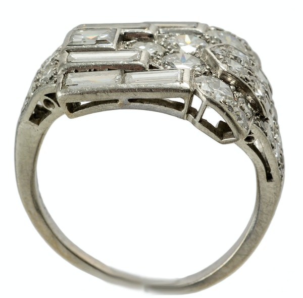 MM4092r platinum baguette and round diamond fine quality Art Deco 1930c wrap over ring - image 3