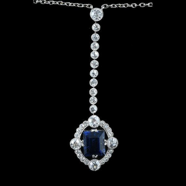 MM6227p Art Deco platinum diamond sapphire long drop pendant 1920c - image 2
