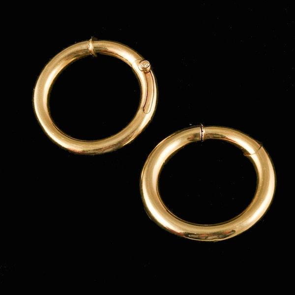 MM6084e Cartier gold hoop earrings in original box amazing on 1970c - image 2