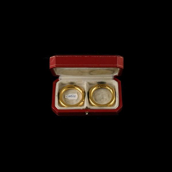MM6084e Cartier gold hoop earrings in original box amazing on 1970c - image 1