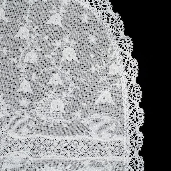Oval fine embroidered double net and bobbin lace tray cloth,46x30cm - image 1