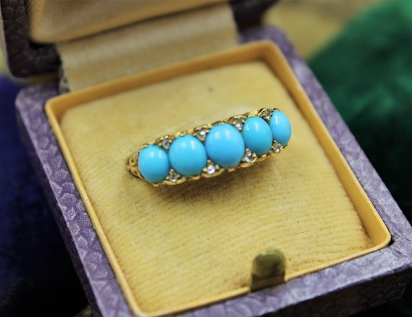 A Victorian Turquoise & Diamond Five Stone Ring set in 18ct Yellow Gold, English, Circa 1890 - image 1