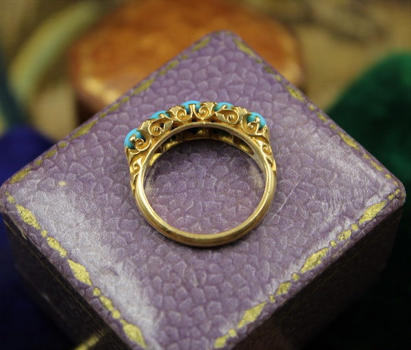 A Victorian Turquoise & Diamond Five Stone Ring set in 18ct Yellow Gold, English, Circa 1890 - image 3