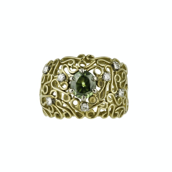 Gold Ring Set with a Tsavorite  and Diamonds - image 1
