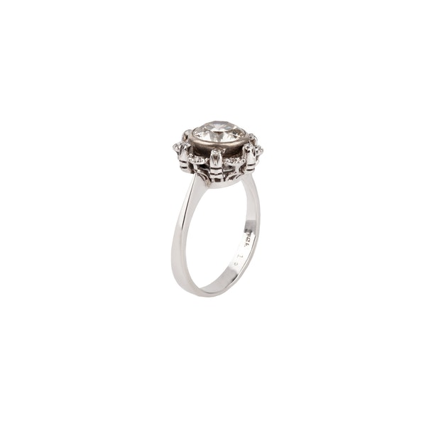 1.71ct Diamond ring - image 2