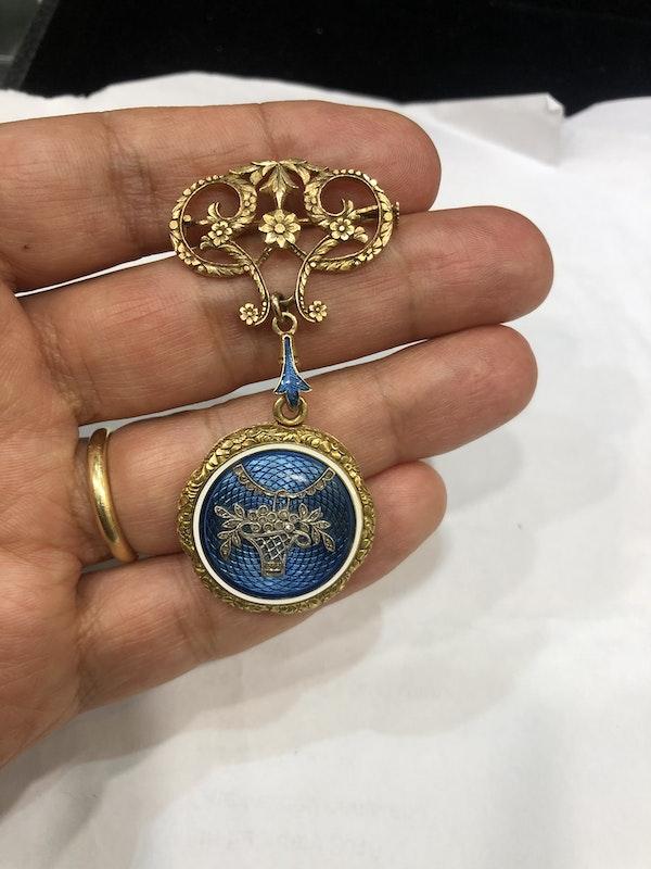 Edwardian enamel gold locket - image 2