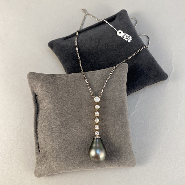 1960's, 18ct White/Yellow Gold, Tahitian Pear shape Pearl and Old Cut Diamond stone set Pendant, SHAPIRO & Co since1979 - image 3