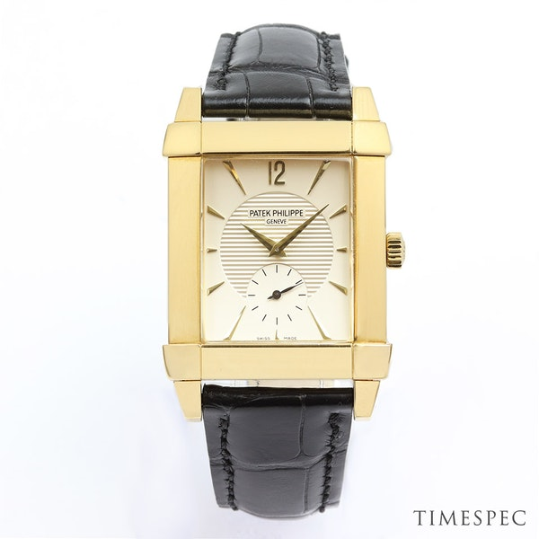 Patek Philippe Gondolo 5111J/001 18k Yellow Gold With Papers - image 2