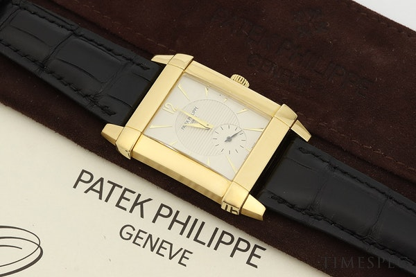 Patek Philippe Gondolo 5111J/001 18k Yellow Gold With Papers - image 8