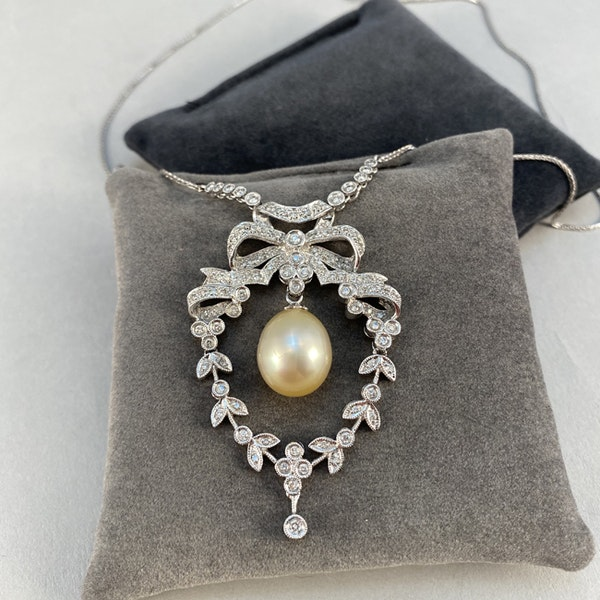1970's, 18k White Gold, Brilliant Cut Diamond and South Sea Pearl stone set Pendant, SHAPIRO & Co since1979 - image 4