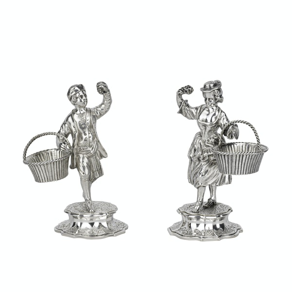 A pair of Scottish silver figural salts. - image 1