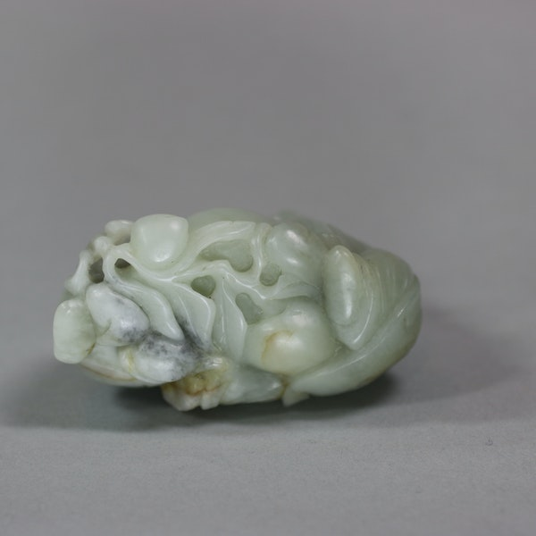 Chinese celadon jade group of the Hehe Erxian, Qing dynasty - image 6