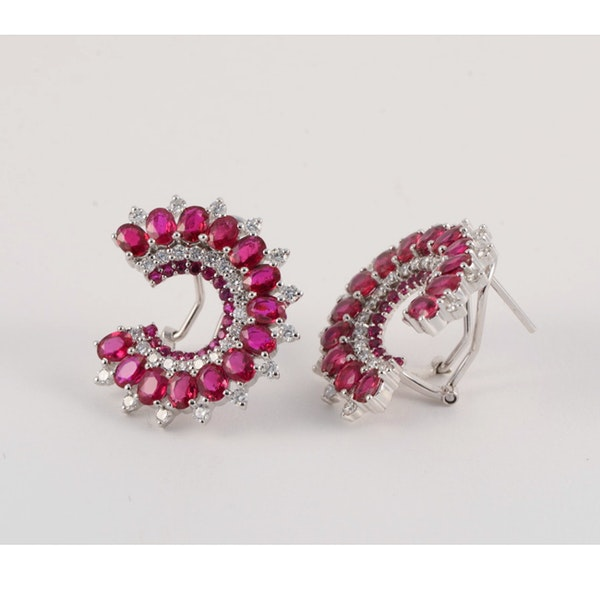 Diamond and ruby clip earrings - image 2