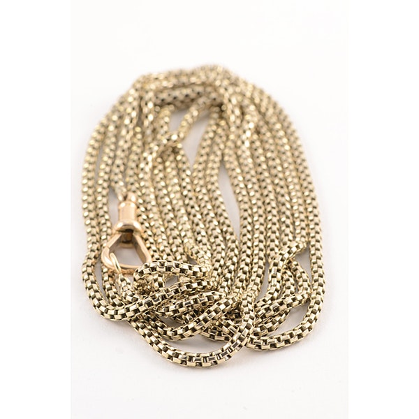 Date: circa 1900, 9ct Yellow Gold long guard Chain, SHAPIRO & Co since1979 - image 1