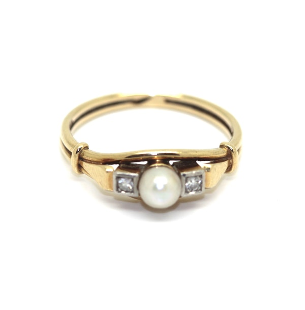 Art Deco Pearl And Diamond Ring. S.Greenstein - image 1