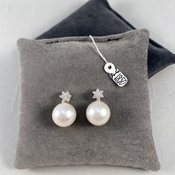1980's, 18ct White Gold, Pearl and Diamond stone set Earrings, SHAPIRO & Co since1979 - image 2