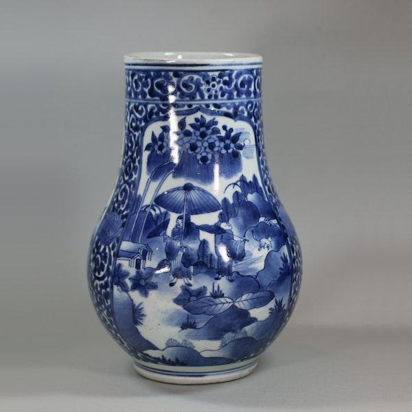 Japanese blue and white Arita tankard, circa 1680 - image 4