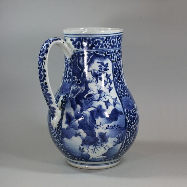 Japanese blue and white Arita tankard, circa 1680 - image 7