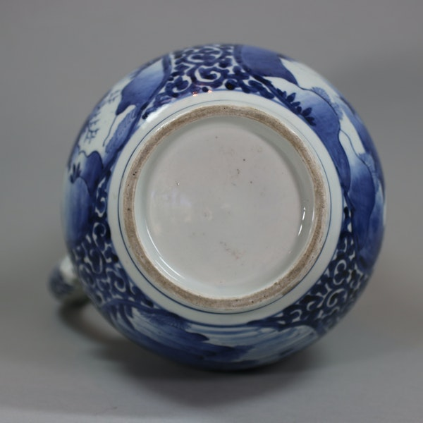 Japanese blue and white Arita tankard, circa 1680 - image 9