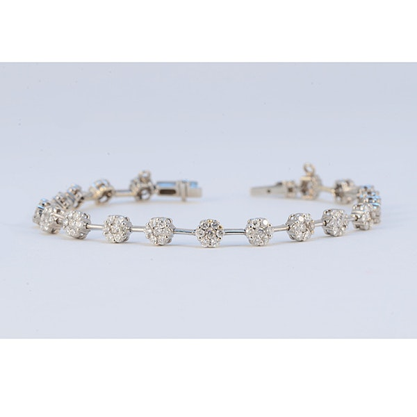 1960's 18ct White Gold Brilliant Cut Diamond stone set Bracelet, SHAPIRO & Co - image 4