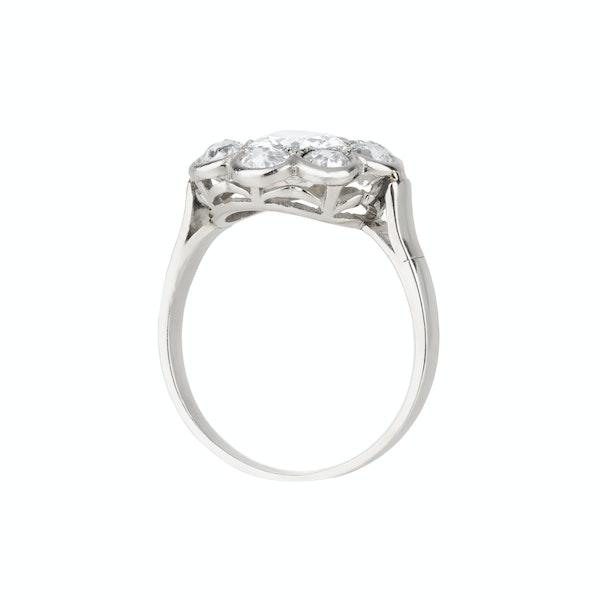 Art Deco diamond flower shape cluster ring - image 2