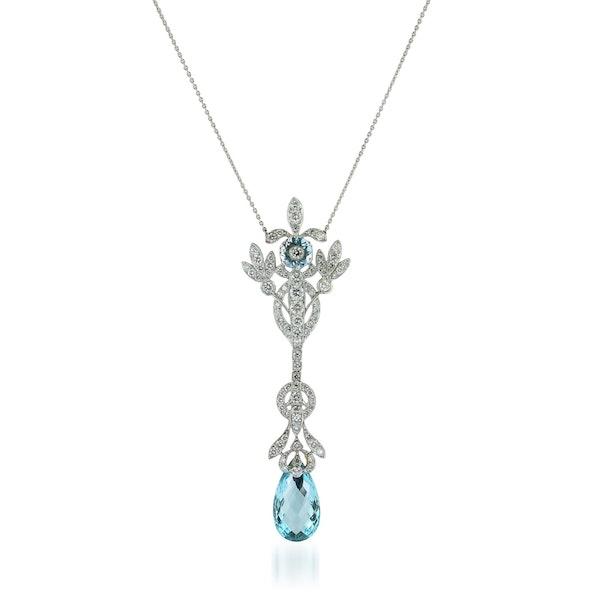Aquamarine and diamond pendant - image 1