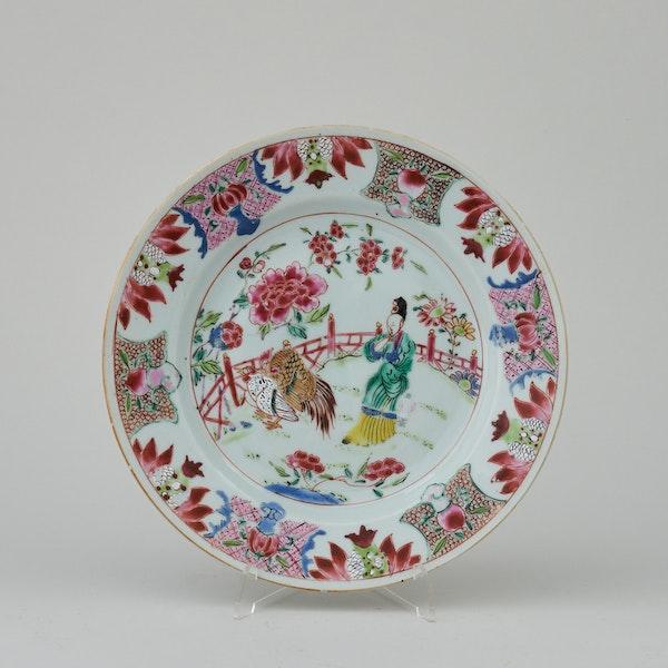 A RARE FAMILLE ROSE PLATE, QIANLONG (1736 - 1795) - image 1