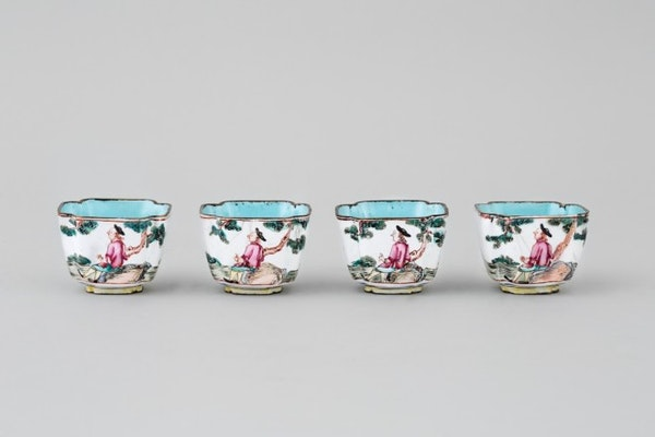 FOUR A CHINESE CANTON ENAMEL SQUARE CUPS, QIANLONG (1736 – 1795 - image 2