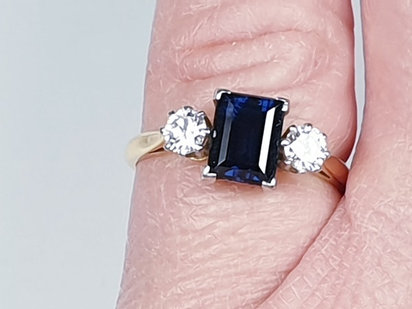 Garrards Sapphire and Diamond Engagement Ring  DBGEMS - image 2