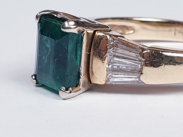 Emerald and Baguette Diamond Ring 1661  DBGEMS - image 5