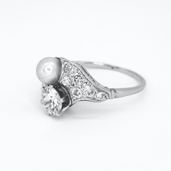 Belle époque Natural Pearl and Diamond ring - image 3