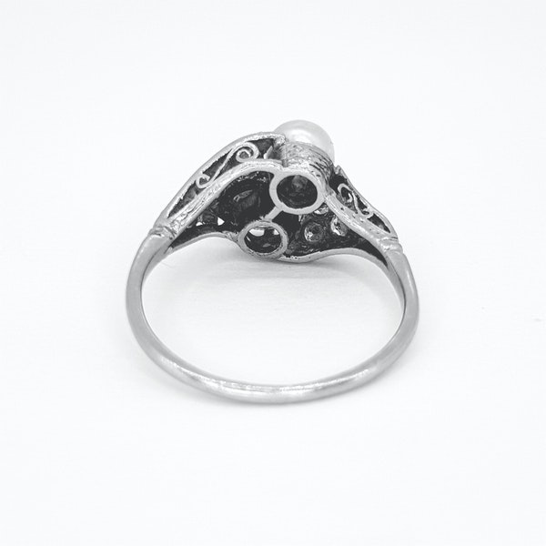 Belle époque Natural Pearl and Diamond ring - image 4