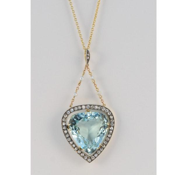 Date: circa 1900, Platinum & 15ct Yellow Gold, Aquamarine, Diamond and Seed Pearl stone set Pendant, SHAPIRO & Co since1979 - image 7