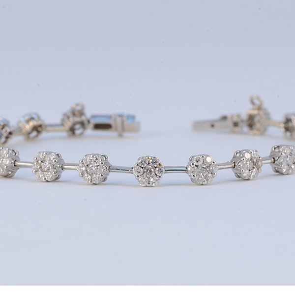 1960's 18ct White Gold Brilliant Cut Diamond stone set Bracelet, SHAPIRO & Co - image 5