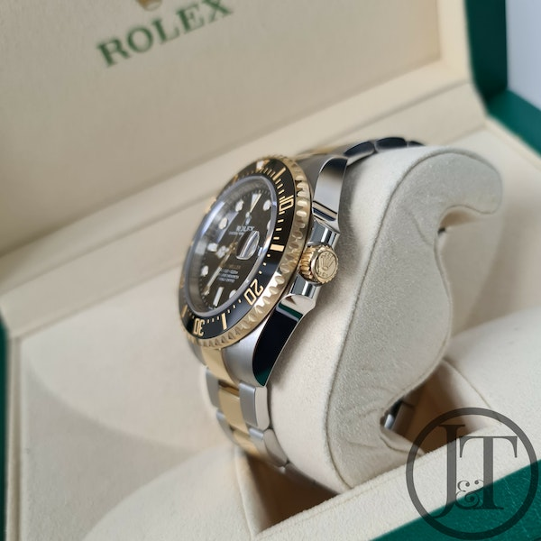 Rolex Sea-Dweller 126603 Steel and Gold - image 6
