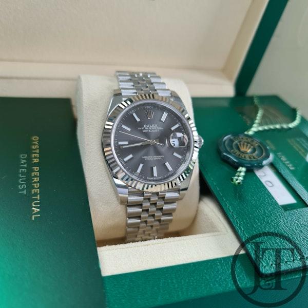 Rolex Datejust 41 126334 Slate Dial Jubilee - image 7