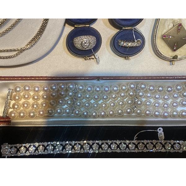 1970's, Bombé 18ct White Gold Diamond stone set Ring, SHAPIRO & Co since1979 - image 6