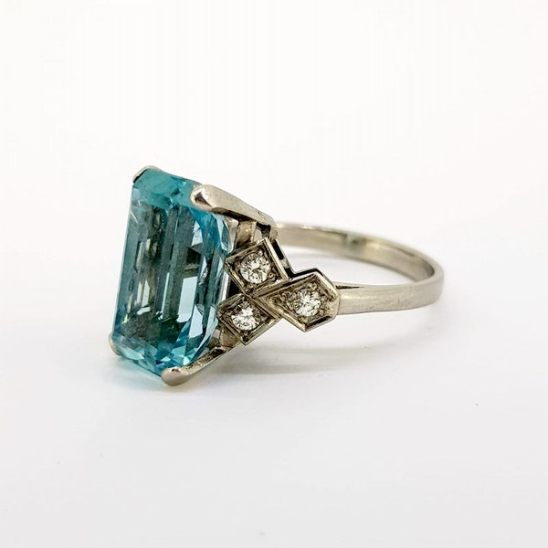 1950's Aquamarine and Diamond ring - image 2