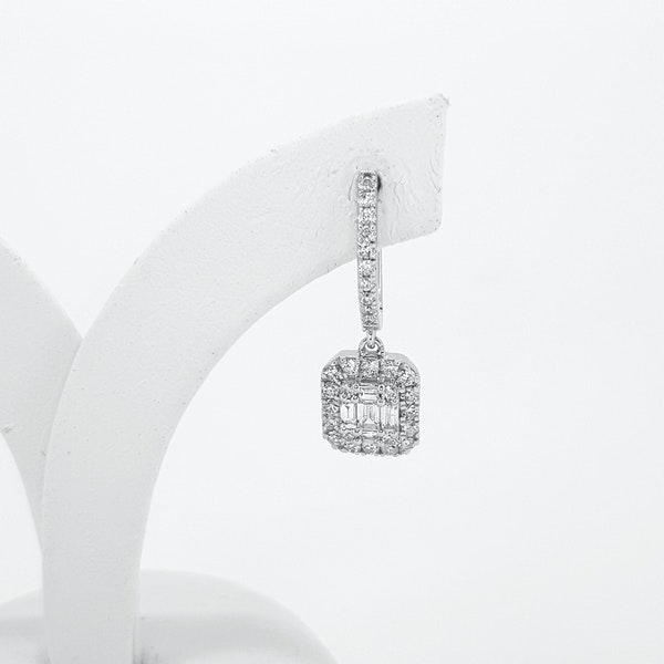 Baguette Diamond earrings - image 2