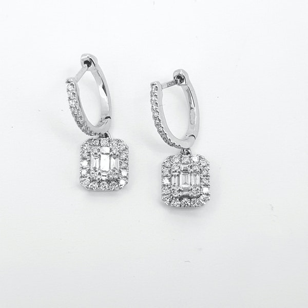 Baguette Diamond earrings - image 3