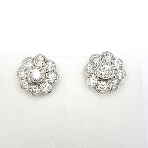 Diamond Daisy Cluster earrings - image 2