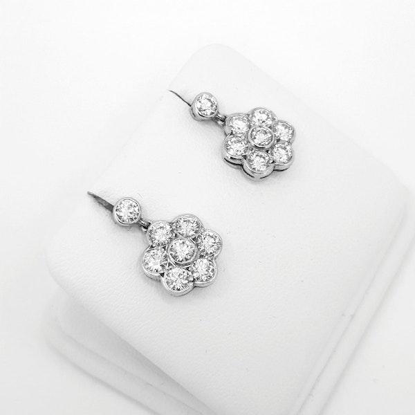 Diamond Daisy drop earrings - image 2