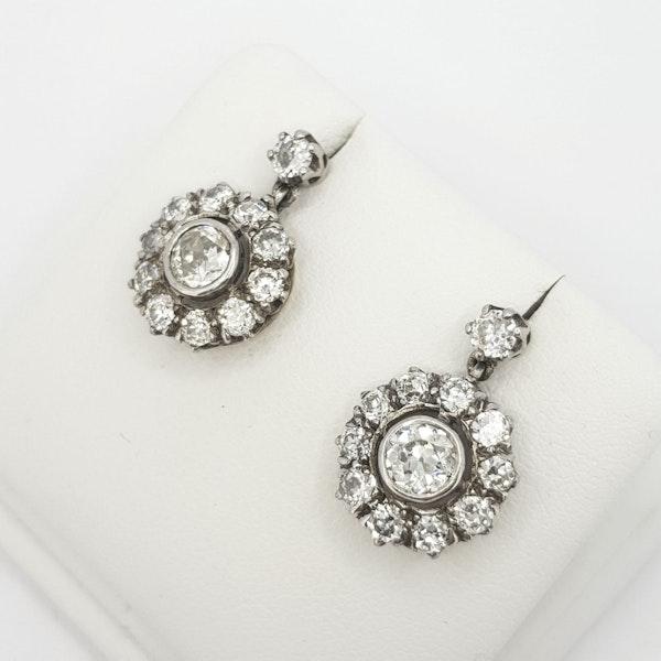 Diamond drop cluster earrings - image 3